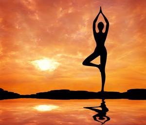 Дениз Остин – йога для похудения: фото