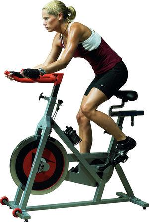 Польза велотренажера для женщин